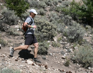 Still running strong, Jason Deugan arrives at the Mile 40 Twin Lakes Aid Station